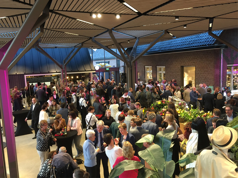 Opening van Tilburg Mode & Sport